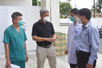 Thứ trưởng Y tế: Ca F0 trở nặng nhanh, phác đồ điều trị nhiều thay đổi