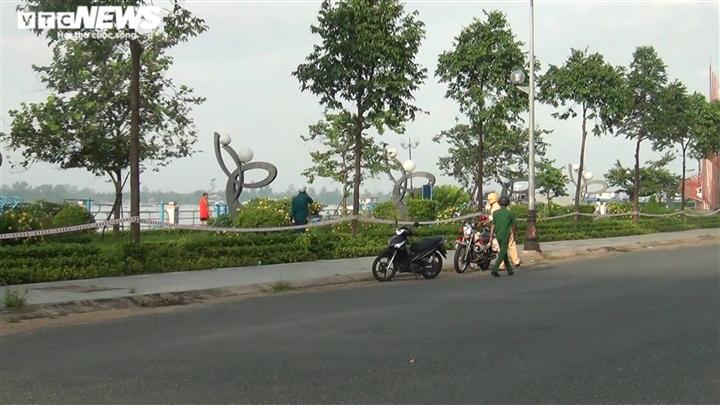 Vượt mốc 2.000 ca COVID-19, Tiền Giang yêu cầu người dân không ra đường sau 18h - 1