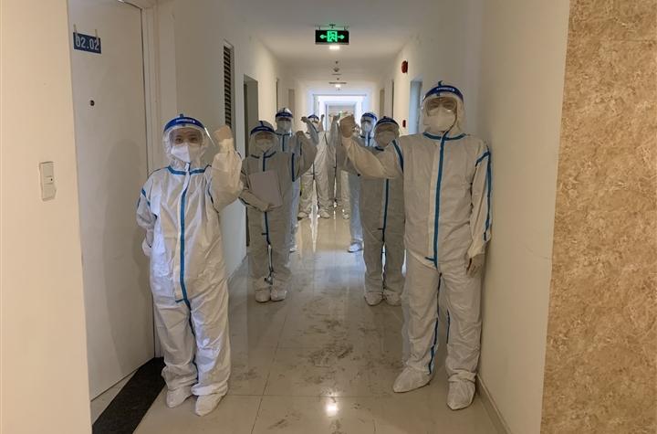 16 nhân viên y tế Quảng Ninh hỗ trợ chống dịch tại TP.HCM dương tính SARS-CoV-2