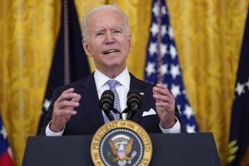 Tổng thống Mỹ muốn tặng 100 USD cho người tiêm vaccine phòng COVID-19