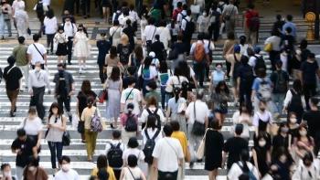 Ca mắc COVID-19 liên tục lập kỷ lục, Nhật Bản mở rộng tình trạng khẩn cấp