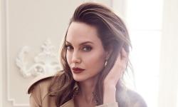 Cuộc sống mới của Angelina Jolie sau ly hôn Brad Pitt