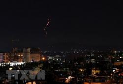 israel tien hanh khong kich cac muc tieu quan su cua syria