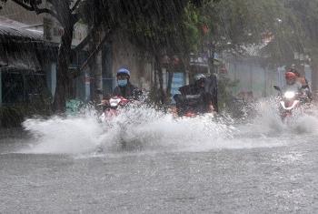 Thời tiết hôm nay 5/8: Mưa lớn khắp cả nước