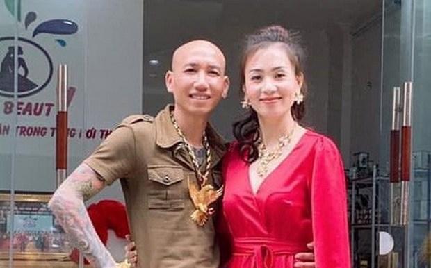cong an ha noi bat vo chong giang ho mang phu le thuy kieu