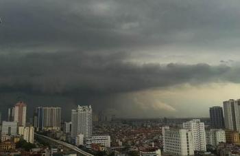 Thời tiết hôm nay 7/8: Bắc Bộ tiếp tục mưa lớn, Biển Đông hình thành vùng áp thấp mới