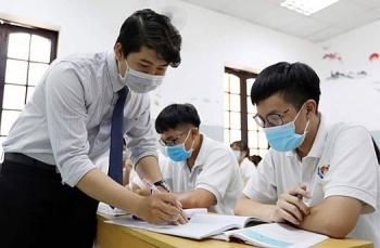 Hôm nay,  gần 900.000 sĩ tử cả nước làm thủ tục dự thi tốt nghiệp THPT 2020