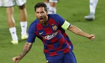 Messi đưa Barca vào tứ kết Champions League