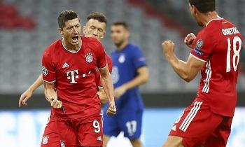 Bayern vùi dập Chelsea