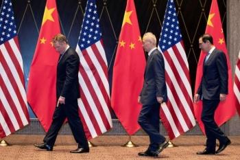 Trung Quốc và Mỹ bất ngờ hoãn vô thời hạn đàm phán về thỏa thuận thương mại
