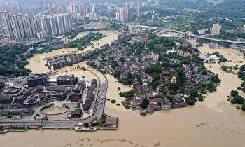 Áp lực thiên tai đè nặng Trung Quốc hậu Covid-19