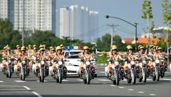 TP HCM ra mắt đội nữ CSGT dẫn đoàn