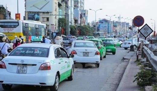 Hà Nội chấp thuận cho 200 xe taxi Mai Linh được hoạt động vận tải