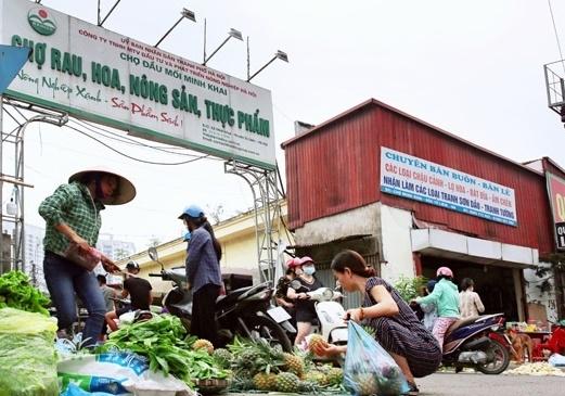 Hà Nội tạm thời phong tỏa chợ đầu mối Minh Khai