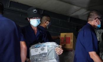 10 tấn vật tư, thiết bị y tế đã chuyển đến chi viện cho TP.HCM