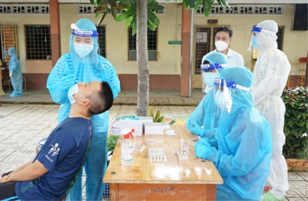 Việt Nam ghi nhận 4.851 ca COVID-19 mới