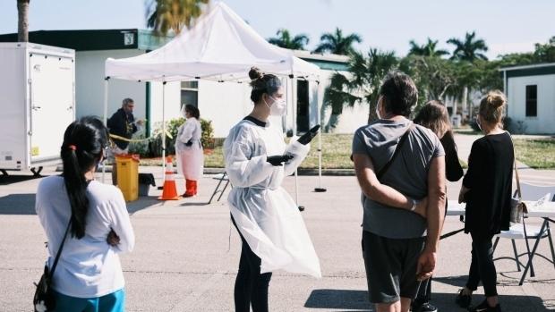 Florida trở thành tâm dịch COVID-19 ở Mỹ, ca nhập viện liên tục lập kỷ lục