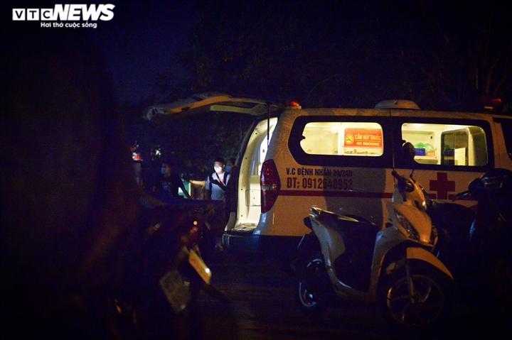 Bé gái 12 tuổi rơi từ tầng 12 chung cư ở Hà Nội chết thương tâm - 4