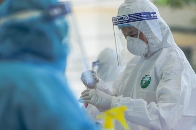 Trưa 8/8, Hà Nội ghi nhận 31 người dương tính SARS-CoV-2 mới - 1