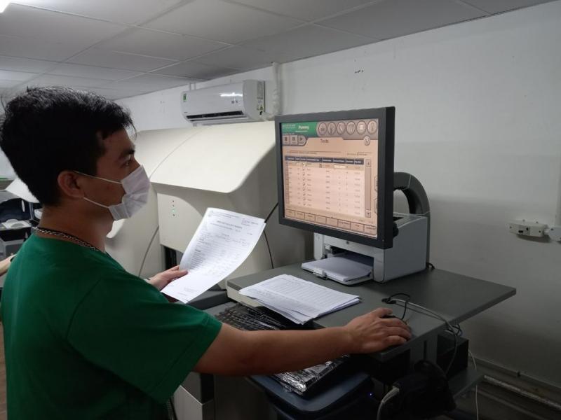 Áp dụng những phương pháp và kỹ thuật tiên tiến nhất để điều trị bệnh nhân COVID-19 nặng -1