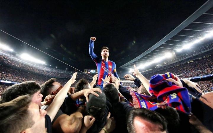 Trực tiếp: Messi khóc nức nở trong buổi họp báo chia tay Barca  - 7