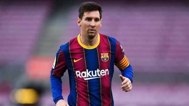 Trực tiếp: Messi khóc nức nở trong buổi họp báo chia tay Barca  - 1