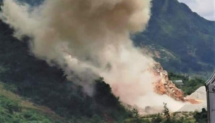 Nổ lớn ở Lai Châu: Tiêu huỷ 700kg thuốc nổ hết hạn, hỏng nhà dân ngoài ý muốn