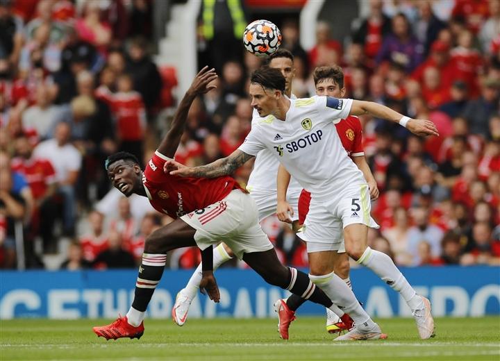 Bruno Fernandes và Pogba tỏa sáng, Man Utd lộ diện hình hài ứng viên vô địch - 1