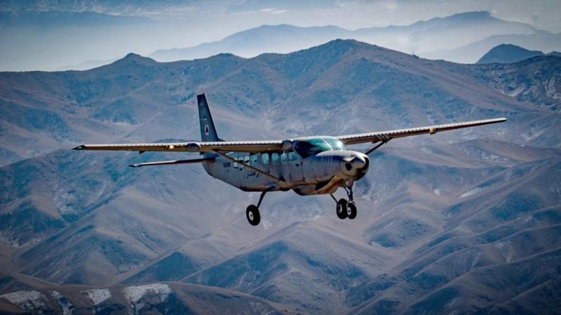 Máy bay chở lính Afghanistan bỏ trốn bị bắn rơi  -0