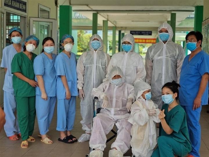 TP.HCM đã cho hơn 80.000 bệnh nhân COVID-19 xuất viện