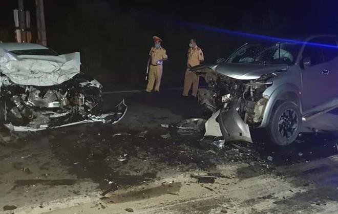 Hà Giang: Xe con đâm xe bán tải trên quốc lộ 2 làm 2 người chết, trong đó có Chánh văn phòng huyện ủy