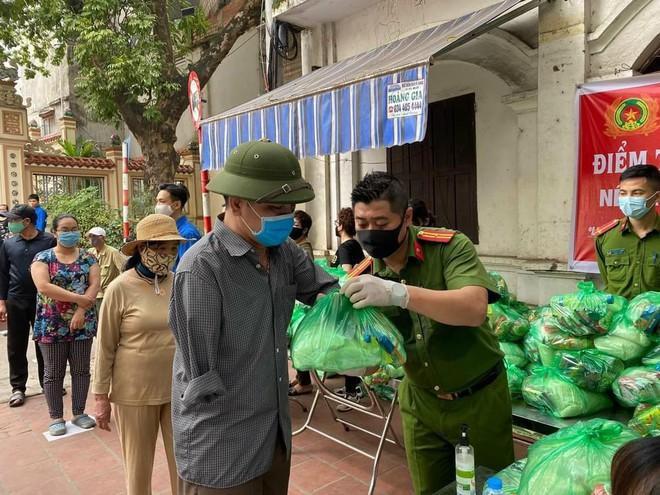 3 đồng chí hy sinh và hơn 1.000 cán bộ, chiến sỹ Công an nhiễm Sars-cov-2 khi tham gia phòng, chống dịch ảnh 4