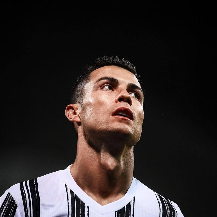 Ronaldo đòi rời Juventus, chuẩn bị tới Man City - 1