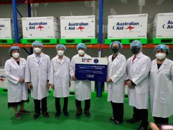 Bộ Y tế tiếp nhận 403.000 liều vaccine từ Chính phủ Australia trao tặng