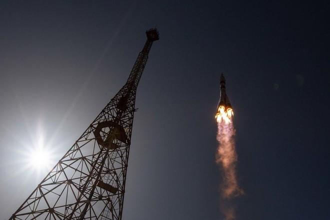 Nga hoãn cả thử nghiệm động cơ tên lửa vì Covid-19