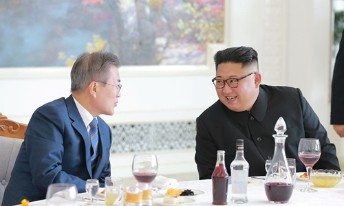 kim jong un gui thong diep rieng cho trump qua tong thong han quoc