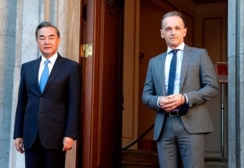 """""""Tấn công quyến rũ"""" thất bại, Trung Quốc chật vật tìm công thức mới với EU"""