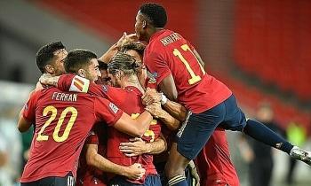 Tây Ban Nha hòa Đức ở giây cuối