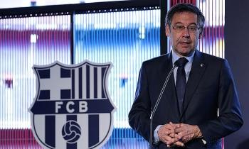 Chủ tịch Barca bị cáo buộc tham nhũng