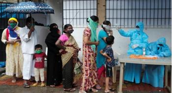 Ấn Độ báo cáo số ca nhiễm mới COVID-19 kỷ lục