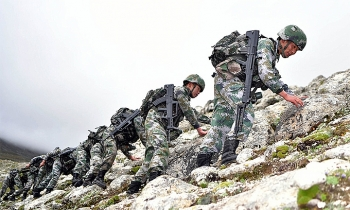 Trung Quốc trao trả 5 người Ấn Độ bị bắt