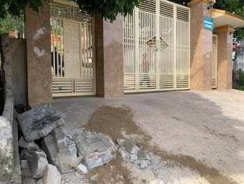 Sập tường rào làm học sinh lớp 5 chết thương tâm ở Nghệ An: Thông tin chính thức