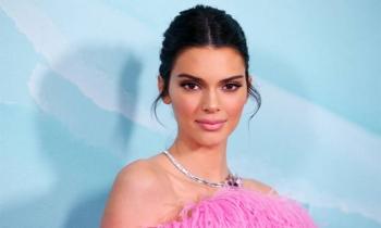 Kendall Jenner thú nhận hút cần sa