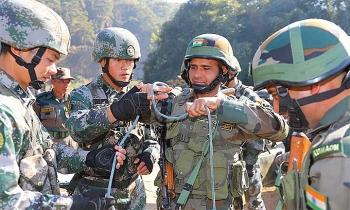 Ấn Độ nói Trung Quốc đưa thêm 10.000 quân tới hồ tranh chấp