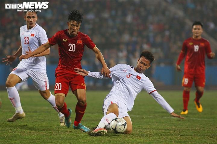 Việt Nam vs Australia: 3 câu hỏi khiến HLV Park Hang Seo đau đầu  - 4