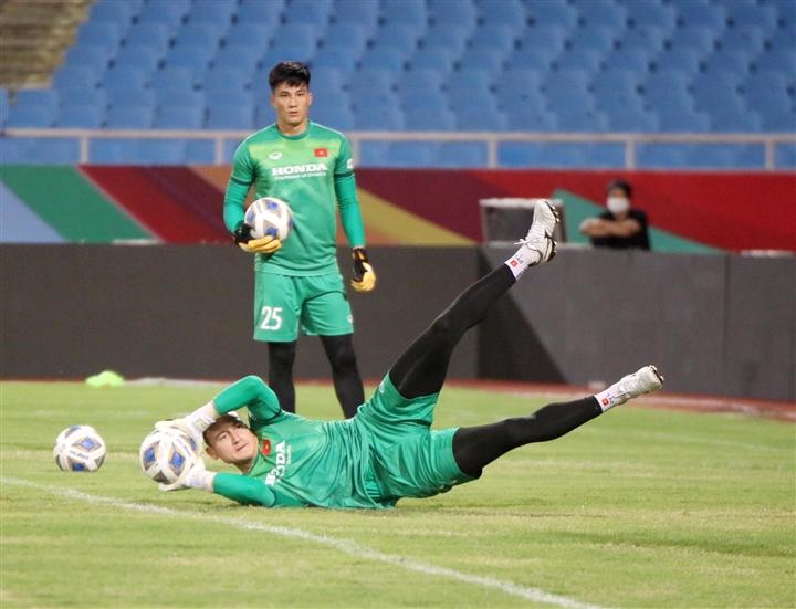 Việt Nam vs Australia: 3 câu hỏi khiến HLV Park Hang Seo đau đầu  - 2