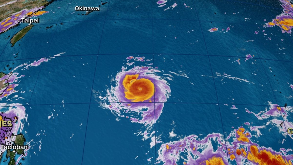 Siêu bão Chanthu đe dọa Đài Loan và miền Nam Trung Quốc