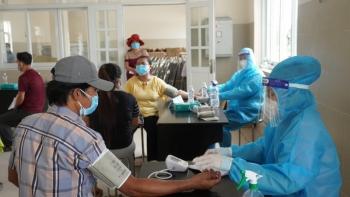 Bình Dương cho phép người dân tiêm 1 mũi vaccine sau 14 ngày được ra đường