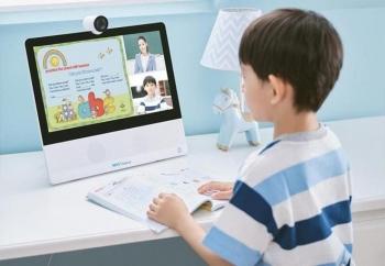 Bảo vệ đôi mắt và thị lực cho trẻ khi học trực tuyến tại nhà