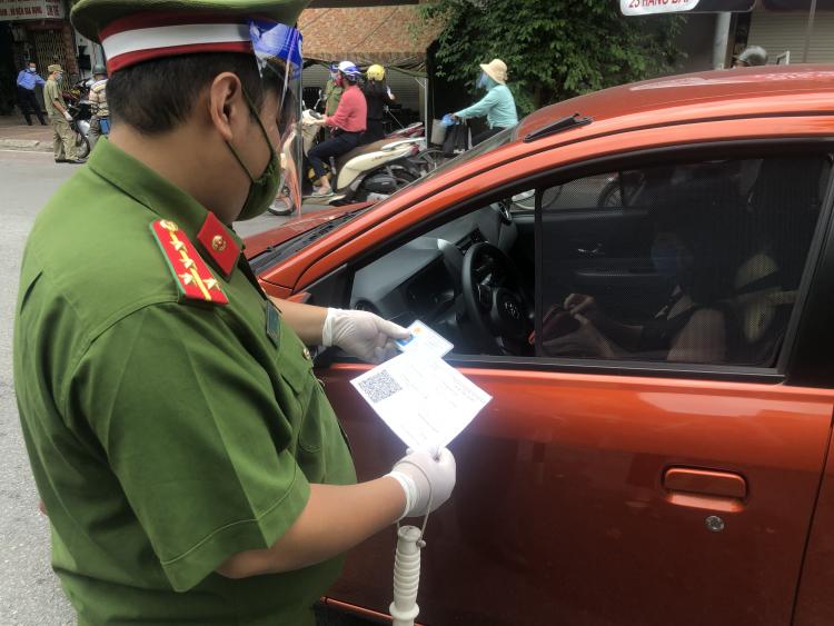 Hà Nội: Hàng trăm doanh nghiệp vận tải bị từ chối cấp giấy đi đường -0